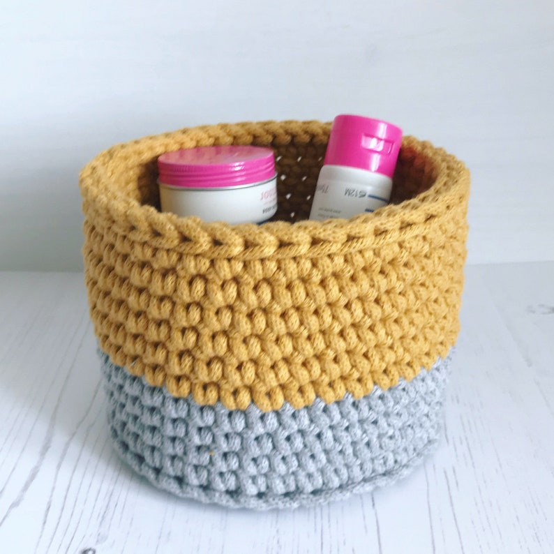 Crochet storage basket deep crochet basket plantpot cover image 0