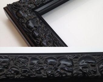 SKULL Picture Frame, Skull Black, 3x5, 4x6, 5x7, 8x10, 11x14, 16x20 Custom Sizes, Black Skull Frame, Black Skulls, Skull Gift Frame, Skull