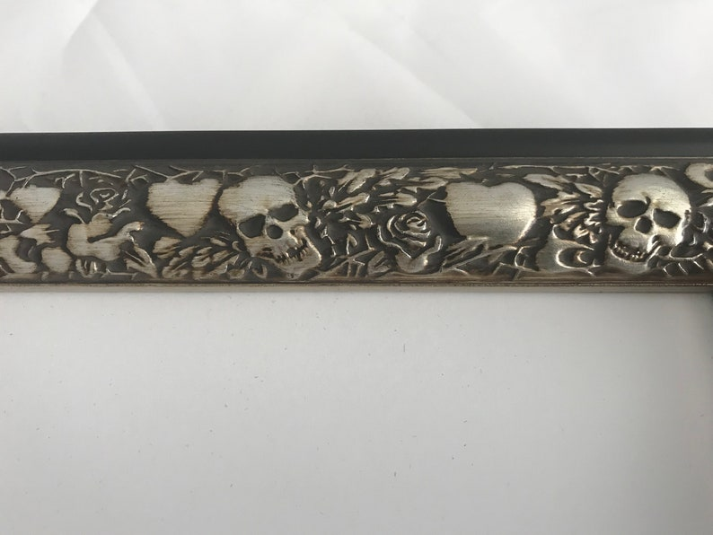 5x7 Tattoo Picture Frame Skull /& Hearts Picture Frame 4x6 Silver Skull and Hearts Silver Picture Frame with Velvet Easel Backing 8x10