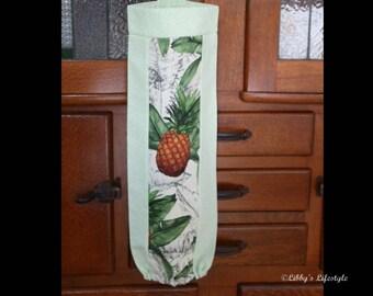 Pineapples plastic bag holder - Grocery bag keeper - Plastic bag storage - Handmade plastic bag dispenser - Plastic bag organiser.