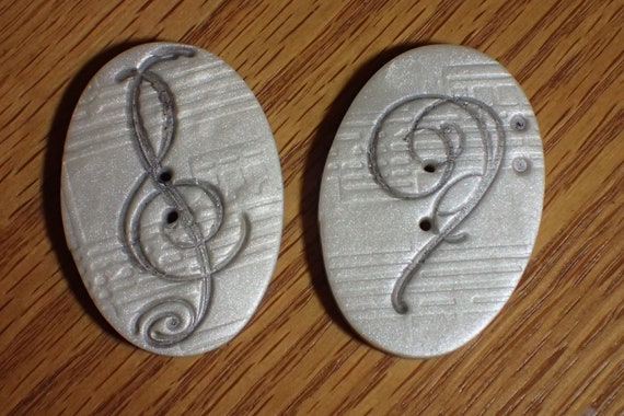 Sewing Buttons Set of 4 Treble Clef Music Musical Sheet Notes Vintage