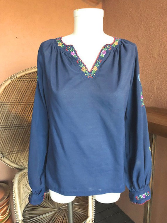 1970s Mexican Embroidered Peasant Blouse