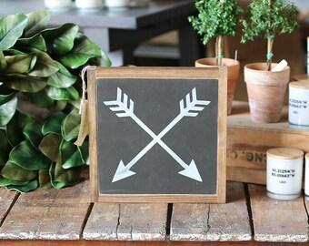 1'X1' Crossed Arrows Framed Wood Sign