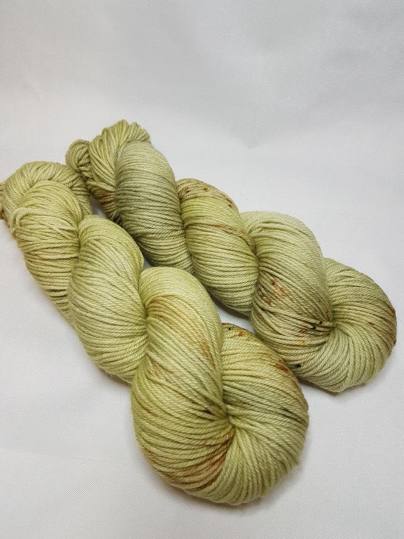 DK weight Hand dyed Merino Nylon yarn PISTACHIO 100g