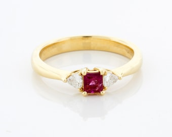 Red Beryl Emerald and Diamond Ring, Engagement or Wedding ring, Anniversary gift, Statement Ring