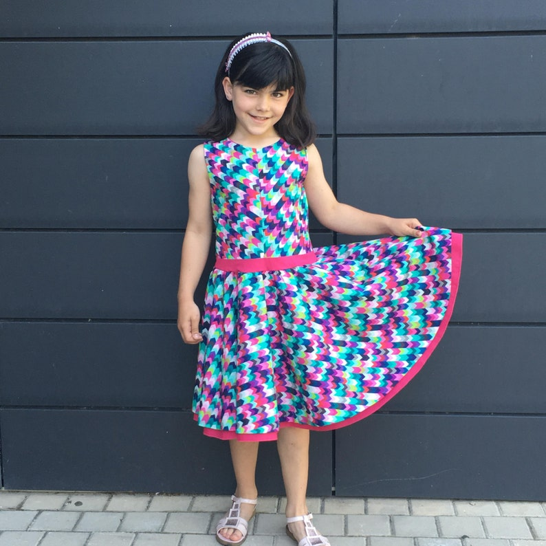 01f5051d0 Patrón de costura vestido verano niña con falda de capa o | Etsy