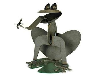 Giant Metal Frog, frog collector, metal garden frog, outdoor frog statue, frog sculpture, giant frog, rusty frog, frog collection