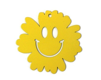 """Metal Smiley Face Flower Ornament 3"""" wide"""