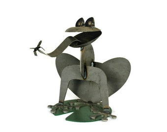 Giant Metal Frog, frog collector, metal garden frog, outdoor frog statue, frog sculpture, giant frog, rusty frog, frog collection
