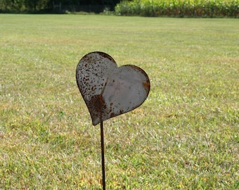Metal Heart Garden Stake, Valentine heart, heart yard sign, rustic heart yard art, rusty hearts, heart of steel, be mine