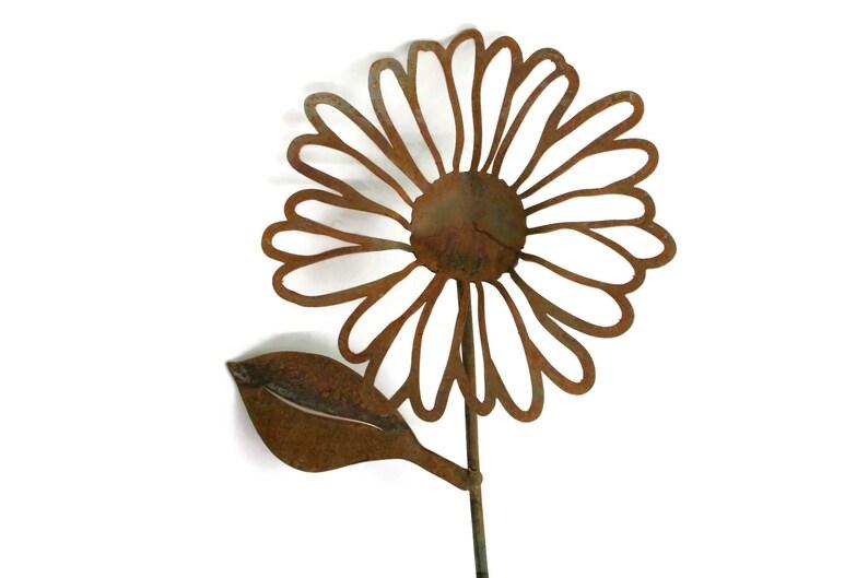 Rusty Metal Daisy Metal Flower Stake rustic flower set of image 0