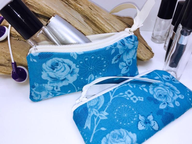 Lip Balm Case Feminine Small Zipper Pouch USB Case Victorian Lipstick Case Blue Shabby Essential Oil Bag Doterra Oil Storage