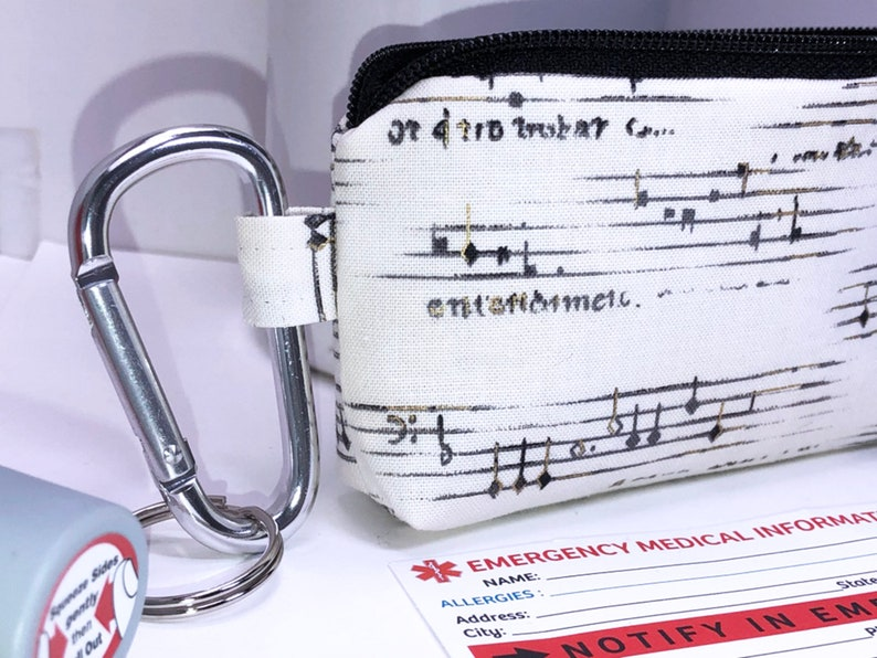 Sheet Music Asthma Inhaler Case Inhaler Holder Clip-on Small Zipper Pouch Coin Purse Inhaler Carrier