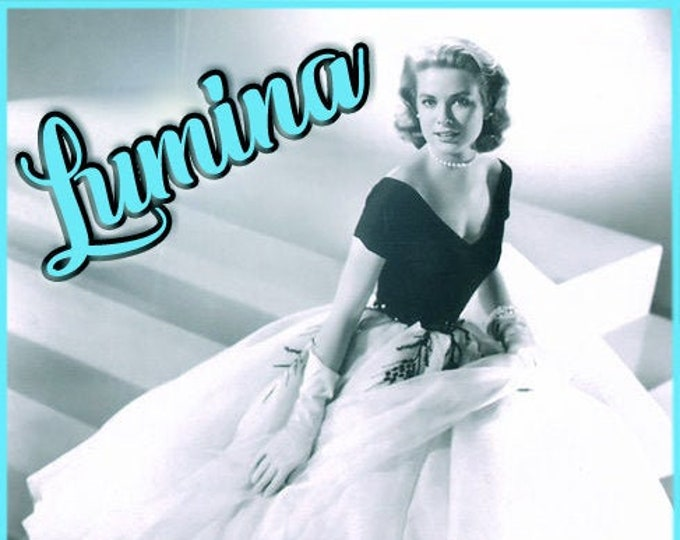Lumina - UNscented Pheromone Blend for Women - Love Potion Magickal Perfumerie