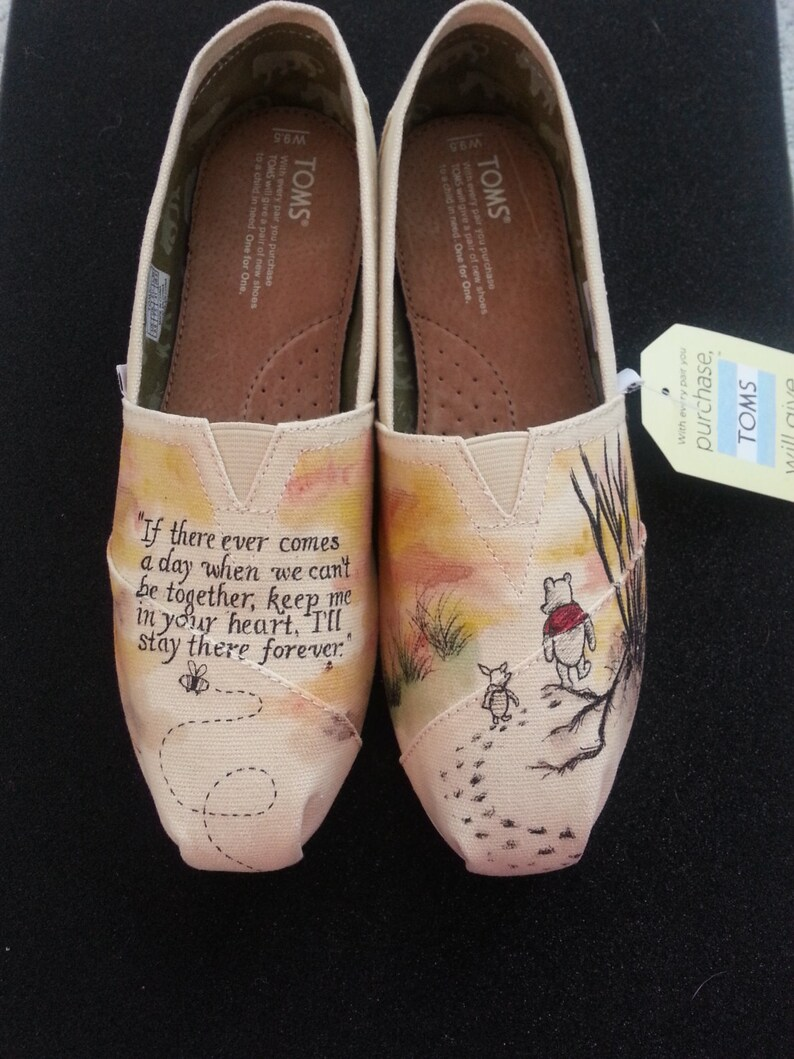 Vintage Winnie the Pooh and Piglet Custom Hand Painted Wedding  e69fadba0