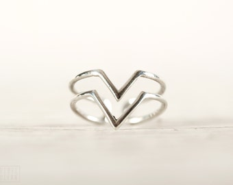 Stackable Ring Double Arrow Wire Ring Sterling Silver Adjustable Ring Wrap Ring Boho Jewelry - FRI008SSS