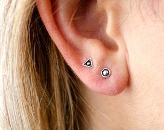 Round Dot Sterling Silver Stud Earrings Modern Bohemian Jewelry - CST004SS