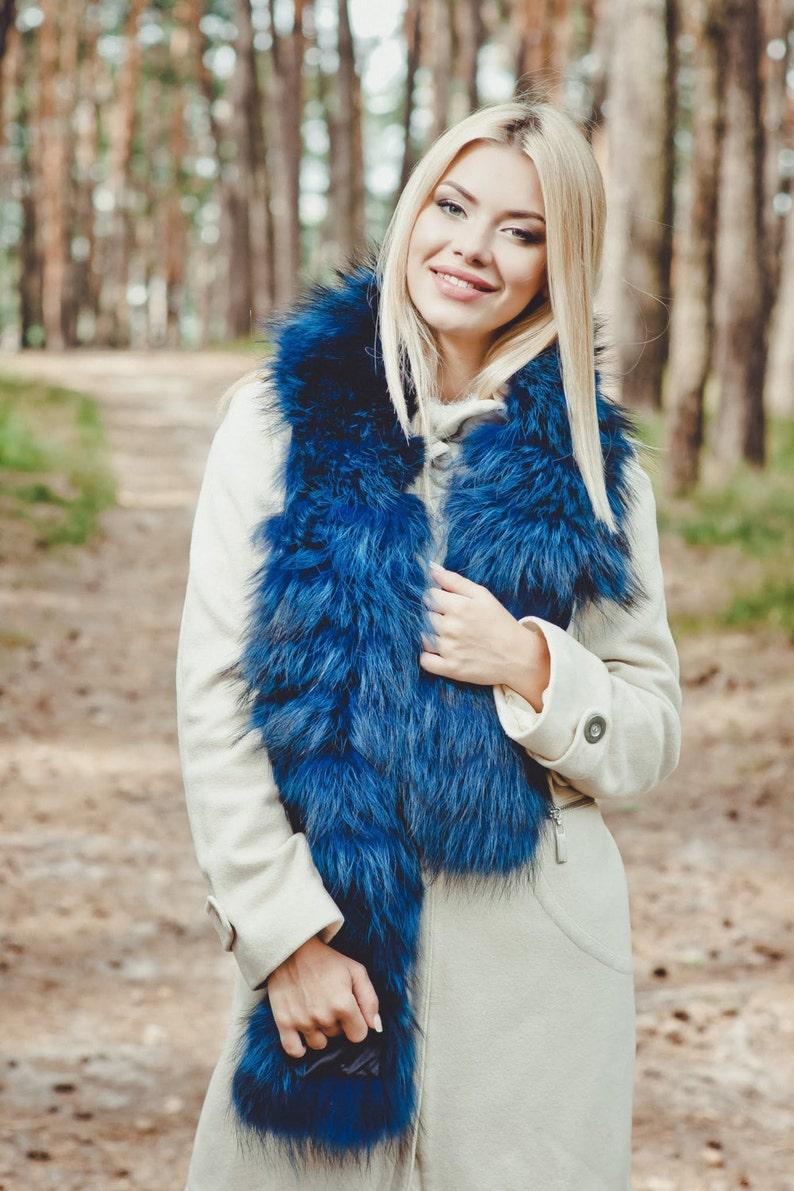 fa4e416aa0dcf Blue Fur Scarf Detachable Collar for Coat Wedding fur   Etsy
