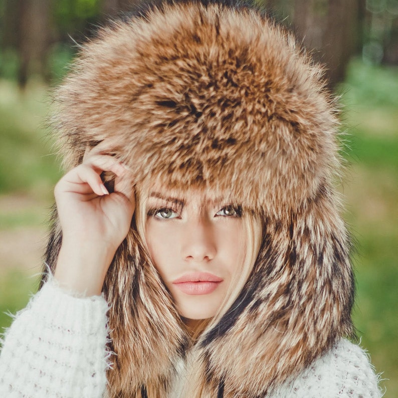 Real raccoon fur hat winter hat ushanka fur hood wolf  0bb36d0961c8