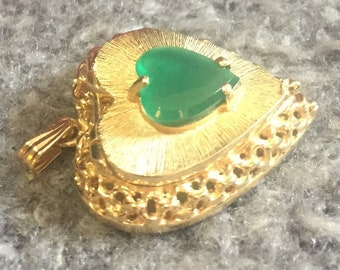14 Kt Yellow Gold Heart Shaped Locket with Green Stone