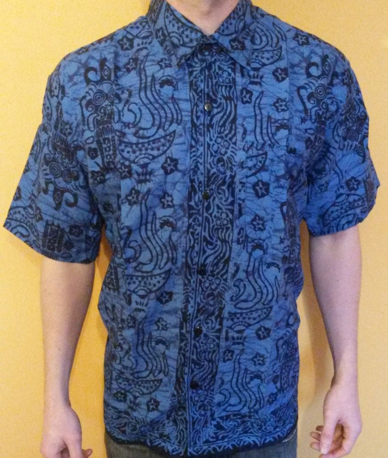 size 40 fef30 ca302 Mens & woman's Traditional Tribal Batik Shirts Short Sleeve Cool Cotton  Summer Shirts Purple Blue M L XL XXL