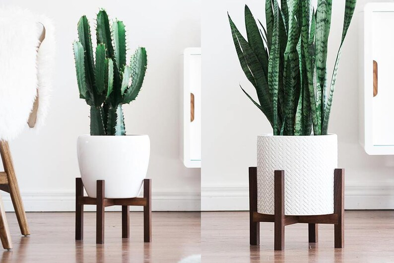 Mid Century Modern Plant Stand with Square Legs Planter image 0