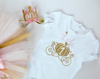 First Birthday Baby Girl Bodysuit Princess Carriage Pumpkin Shirt, Personalized in Gold Glitter and Pink - SHIRT ONLY