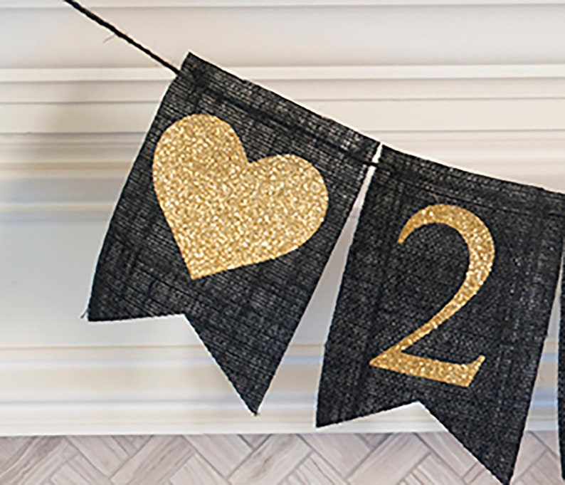 B211 BAL019 Happy New Year Sign New Year Banner New Years Ever Banner New Year Eve Decorations 2020 New Year/'s Party Banner