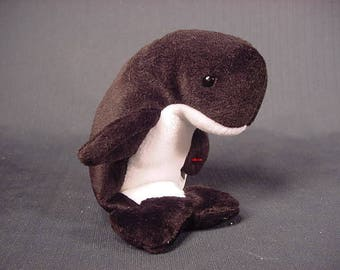 Echo The Dolphin Tags on Waves the Orca Whale   Rare Retired  TY Beanie  Babies   Vintage Old Collectible   1996   Free Shipping USA  cce14f569d46