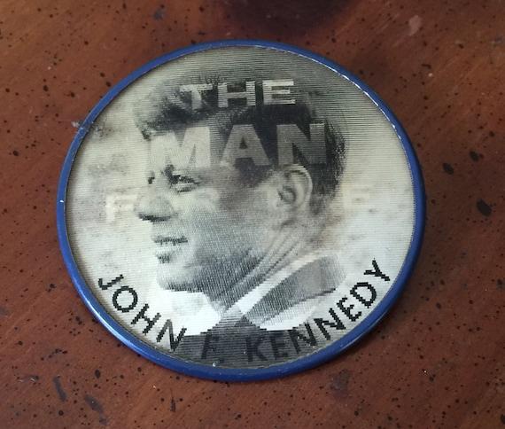 1960 John F Kennedy Original 3-D Style Campaign Jewelry Pin