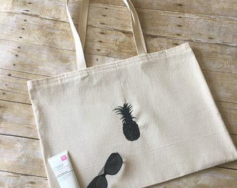 beach bag | pineapple bag | large beach bag | pool tote | summer tote | canvas bag | beach accessories | gifts for wife | best friend gift