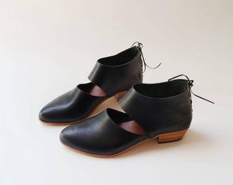 The Rakia. Black. 3cm. Handmade Flats. Soft Shoes.