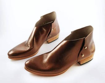 The Danthu. Bronze. 3cm. Handmade Boots. Comfort Shoes. Soft Shoes.