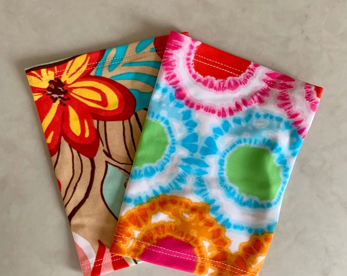 2 pack multi tie dye and flower pattern perfect pack to go with any outfit!