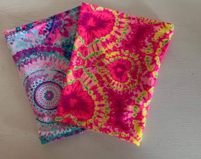 2 pack multi tie dye and groovy paisley perfect pack to go with any outfit!