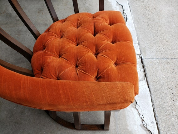 Brilliant Vintage 1960S Spindled Barrel Lounge Chair Orange Tufted Velour Mid Century Modern Padded Armrest Great Design Very Comfortable Mcm Alphanode Cool Chair Designs And Ideas Alphanodeonline
