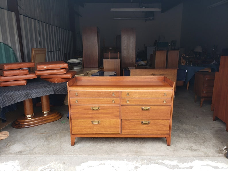 Vintage 1950 S Mahogany Dresser Set, Unique Furniture Makers Dresser