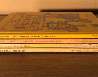 4 Vintage Sesame Street Books Big Bird Cookie Monster Jim Henson Kids Books Collection