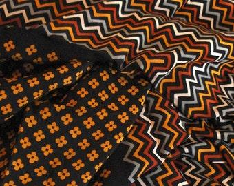 YSL grand automne couleurs Vintage foulard en soie, écharpe or rouille ysl  noir, foulard imprimé géométrique, foulard ysl roulé, cadeau pour elle, ... fd8fe20d2aa