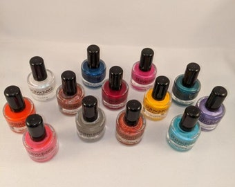 13 - Stampeez Nail Polish Plate Paint  EGN