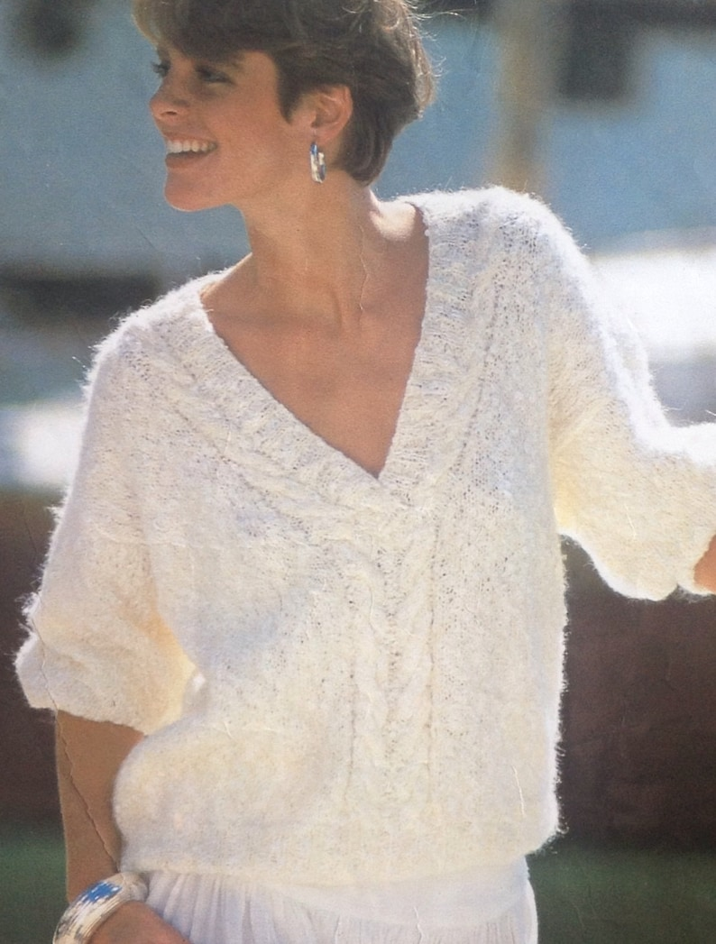 9e47986a1e192d Knitting Pattern Ladies Woman s V Neck Mohair