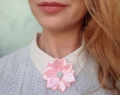 Pink Modern Flower Neck Brooch