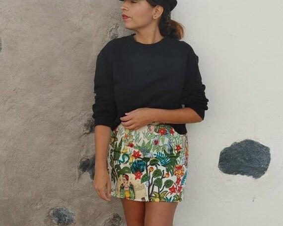 short skirt *FRIDA KAHLO * mini skirt, Size M, Frida print mini skirt, Frida fabric, frida kahlo skirt, beige frida fabric with overalls,