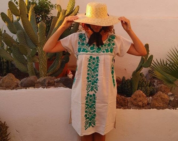 Mexican dress * TEHUACAN * turquoise, one size S-M, monochrome hand embroidery, bohemian-vintage style, rustic cotton, floral beach dress