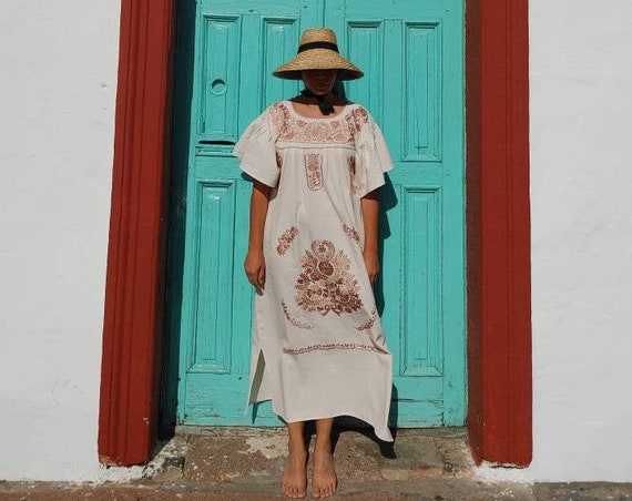 Mexican dress *LUCÍA* beige, size M, monochrome handmade embroidery, bohemian-vintage style, rustic cotton, flowers, bell sleeve dress