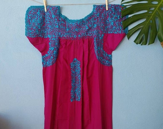 Mexican hand embroidered dress * SAN ANTONINO * turquoise / magenta, Size S, pre-breast, holiday dress, beach wedding, bohohemian-chic dress