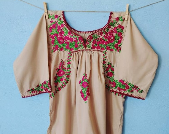 Tunic blouse * SAN ANTONINO * beige, size S-M, bohemian blouse, vintage style, embroidered top, Mexican blouse, summer tunic, beige top