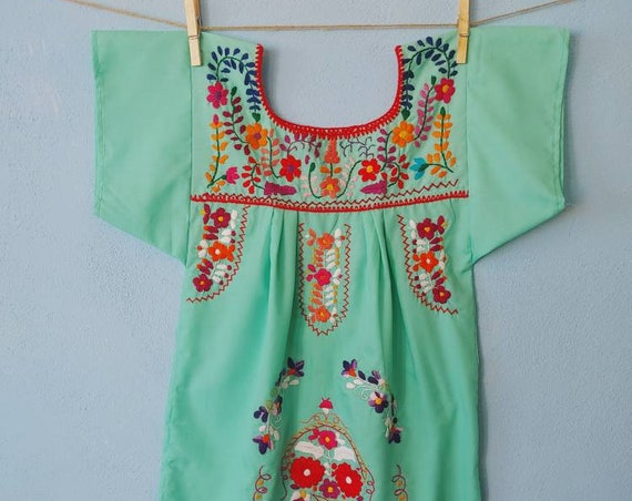 Mexican girl dress * CHILAC * aqua dress size 6 years old, hand embroidered dress, summer girl dress, vintage dress, flower dress