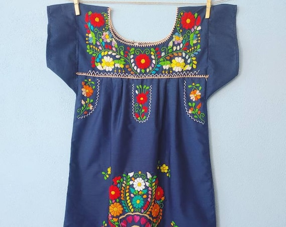 Mexican girl dress * CHILAC * Navie Blue dress size 10 years old, hand embroidered dress, summer girl dress, vintage dress, flower dress