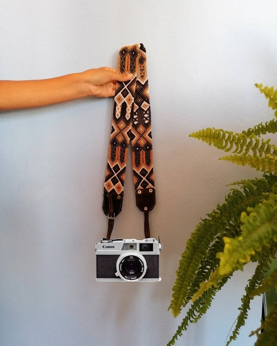 Leather camera strap / camera strap geometric leather *boho style* olive-beige green